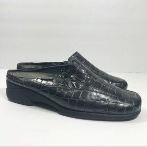 Mephisto navy blue crocodile slip on loafers sz 8